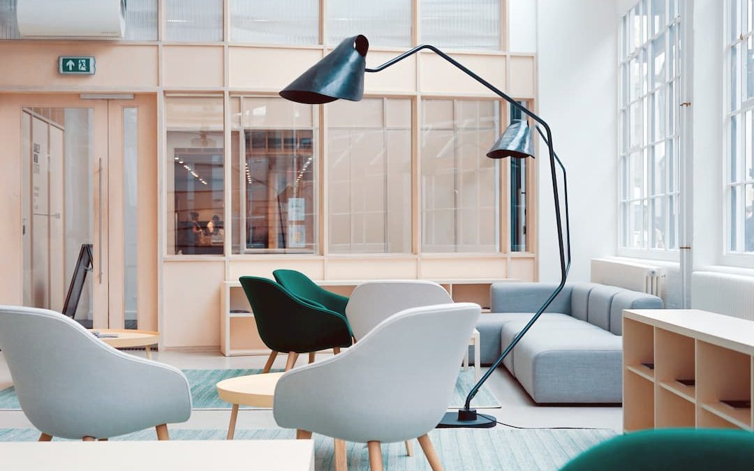 Vuelve a empezar redecorando tu oficina